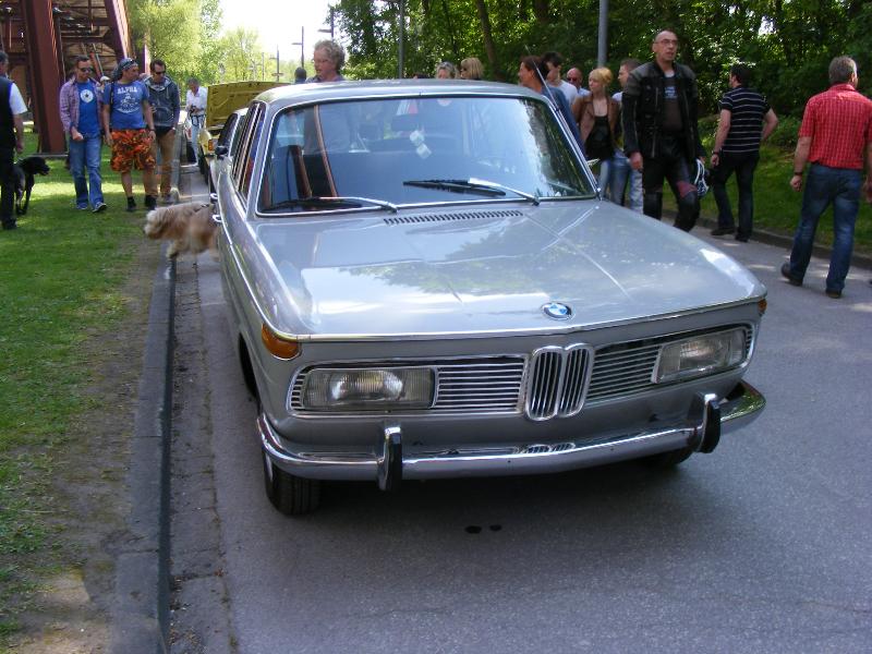 bmw-2000-cs-1965-2