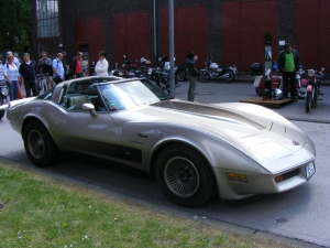 chevrolet-corvette-c3-1982-crossfire-injection-2