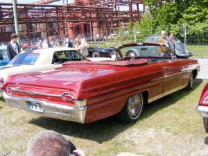 oldsmobile-88-convertible-1962-2