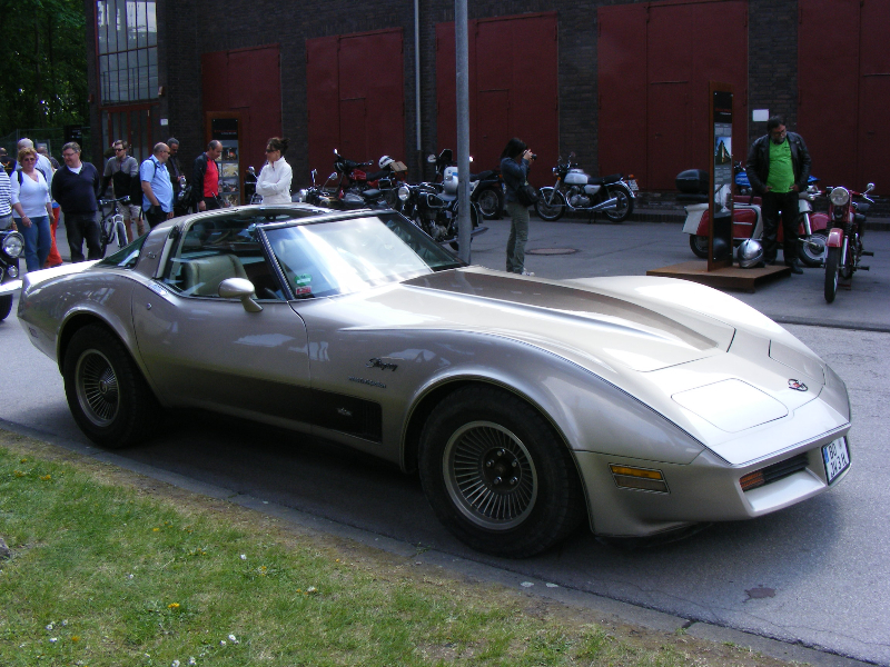 chevrolet-corvette-c3-1982-crossfire-injection-2