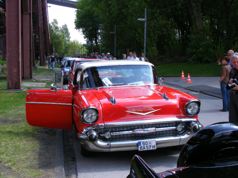 chevrolet-orange-cool-bel-air-19556