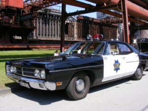 ford-custom-police-car-1970-4