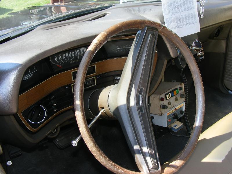 ford-custom-police-car-1970-6