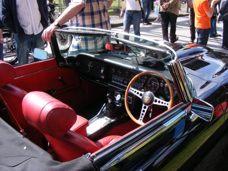 jaguar-e-type-roadster-1961-1974-2