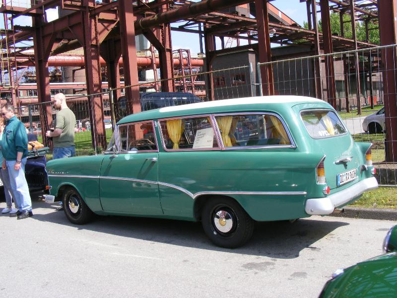 opel-rekord-p1-caravan-1960-3